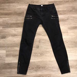 BDG Washed Black Denim Motorcycle Jeans Zipper 28